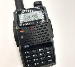 Портативная рация TK-UVF10 Kenwood Dual Band 144/470МГц  8Вт - фото 1