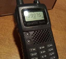 Портативная рация Kenwood TH - F5 8W 400-470МГц 16 каналов - фото 1
