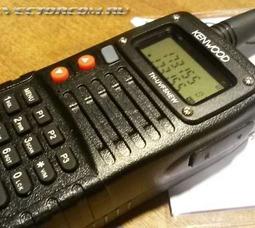 Портативная рация Kenwood TH-UVF5 двух-диапазонная 136-174/ 400-520МГц - фото 1